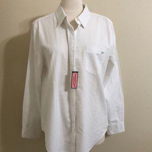 Vineyard Vines button down shirt